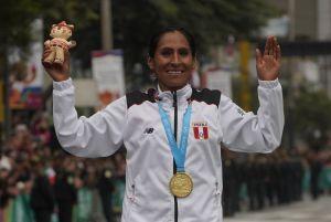 Mientras en México le quitan presupuesto a los atletas, en Perú les van a dar departamento