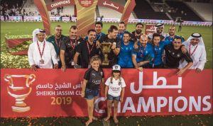 Xavi ya estrenó su palmarés como DT luego de ganar la Súper Copa de Qatar