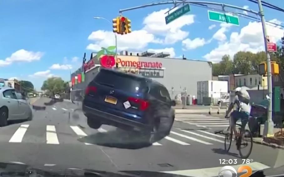 Video captó la tragedia de ciclista hispano que murió arrollado en Brooklyn