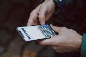 IRS alerta sobre nuevo fraude: ¿Qué hacer si recibe mensaje de texto para reclamar cheque de estímulo?