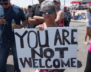 Miles de latinos en todo EEUU se plantaron por las víctimas de El Paso y en contra de Trump