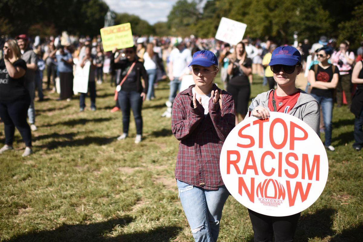 Activistas han aumentados las protestas contra el racismo.