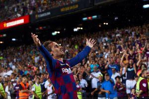 El héroe del día: Griezmann se echó al equipo al hombro y el Barça triunfó en casa