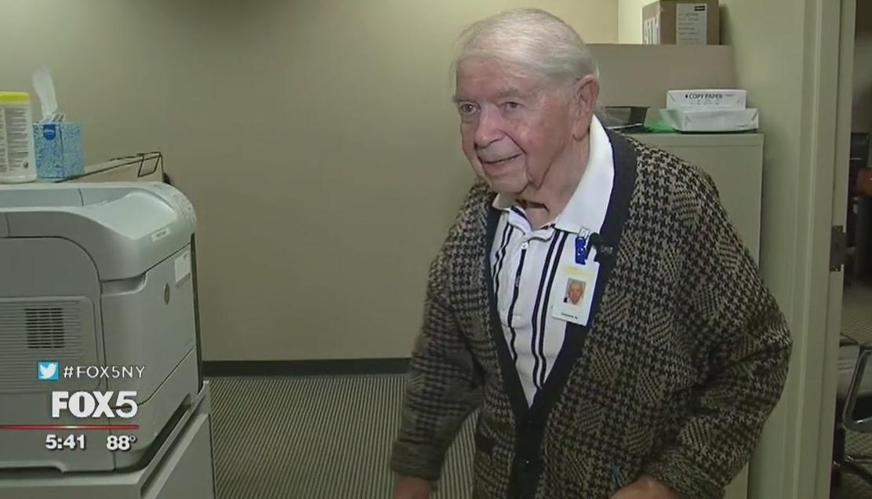 Inspirador: tiene 95 años y aún trabaja todos los días, manejando de Nueva York a Jersey sin excusas