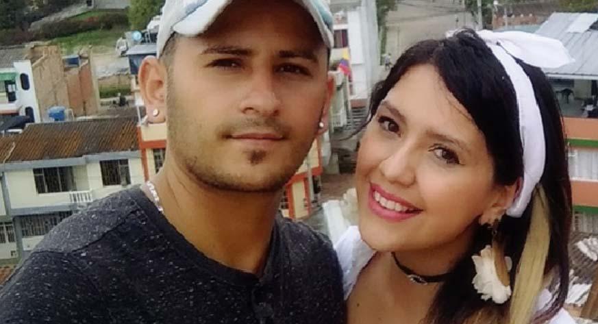 Cantante colombiano apuñala a asesino de su esposa en plena calle de Bogotá