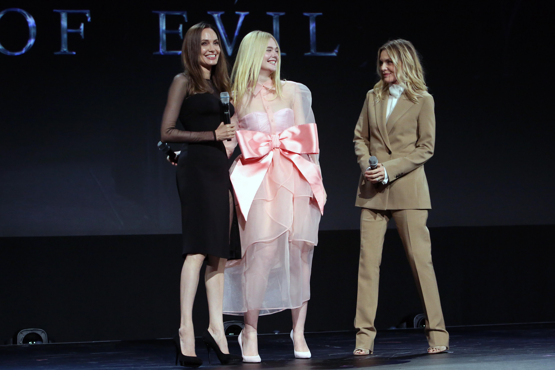 Angelina Jolie, Elle Fanning y Michelle Pfeiffer. / Foto: Getty Images for Disney