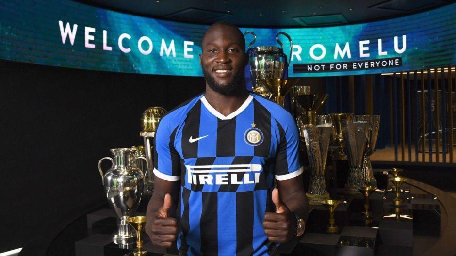 Inter de Milan anuncia contratación de Lukaku