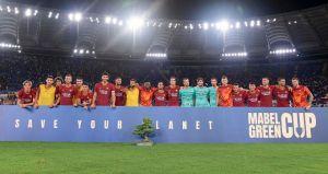 El trofeo que la Roma le ganó al Madrid para sus vitrinas es ... ¿un árbol?