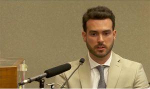Pablo Lyle sigue sin poder viajar a México, pero tendrá más libertad en EEUU