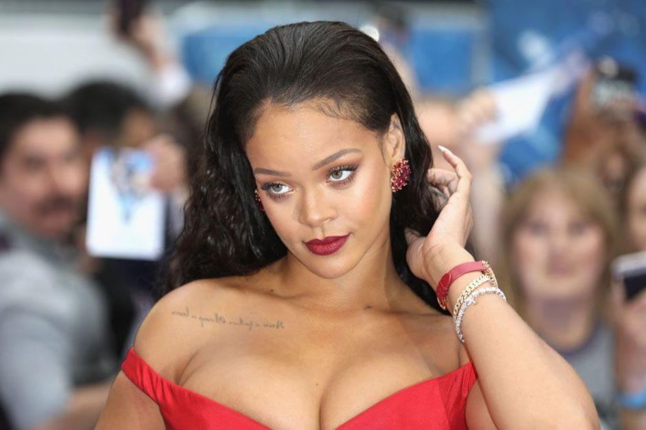 Cuando Rihanna se viste de lencería, Instagram se pone caliente