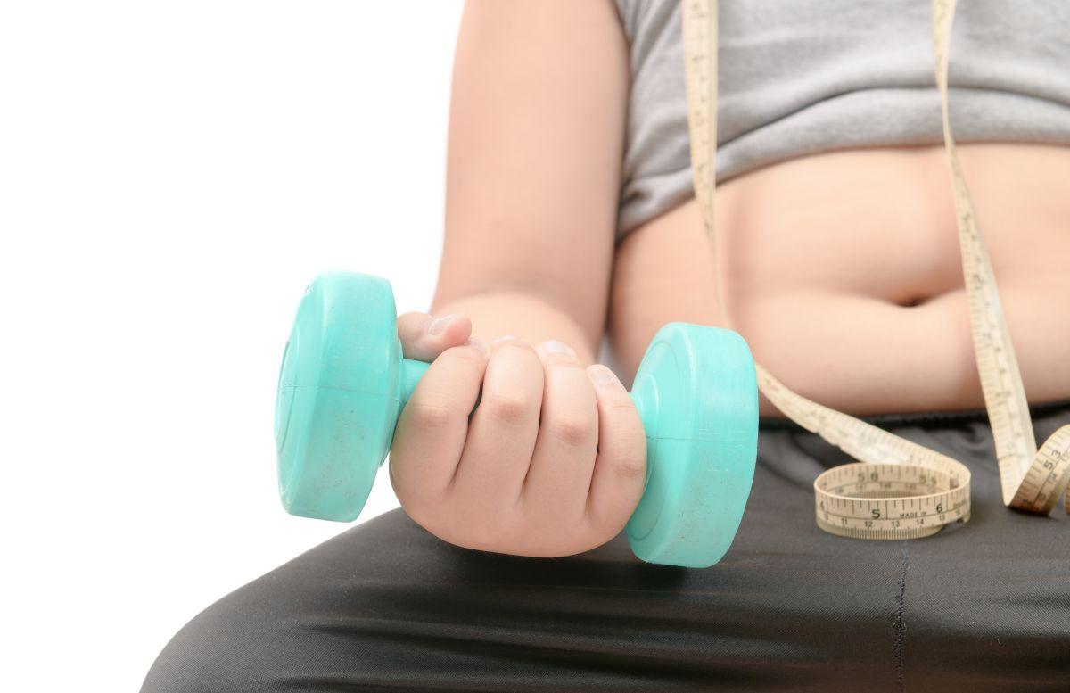¿Tienes obesidad? Un implante en el cerebro puede ayudarte a adelgazar