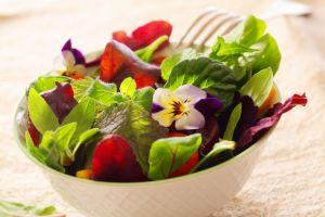 Exquisita receta de ensalada detox, consumiras más fibra y bajarás de peso