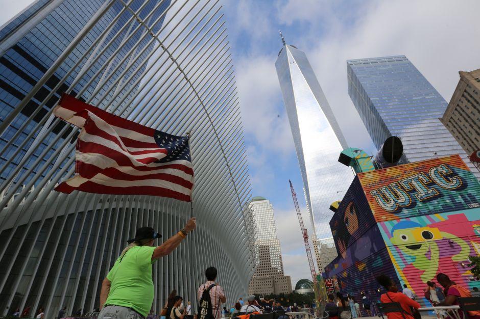 Alcalde propone ley para ampliar seguro a familiares de empleados víctimas del 9/11