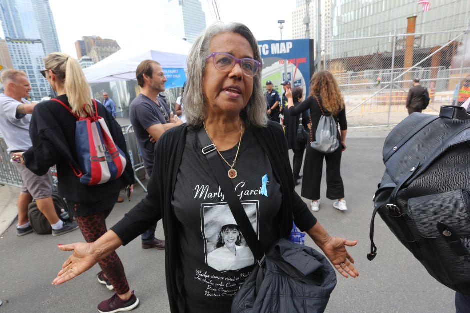 """Madre dominicana que perdió hija el 9/11: """"Este dolor no se calma"""""""