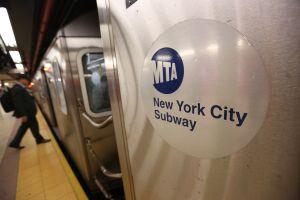 """Rescatan a bebé abandonado en el frío por su padre """"marihuano"""" en Subway de El Bronx"""