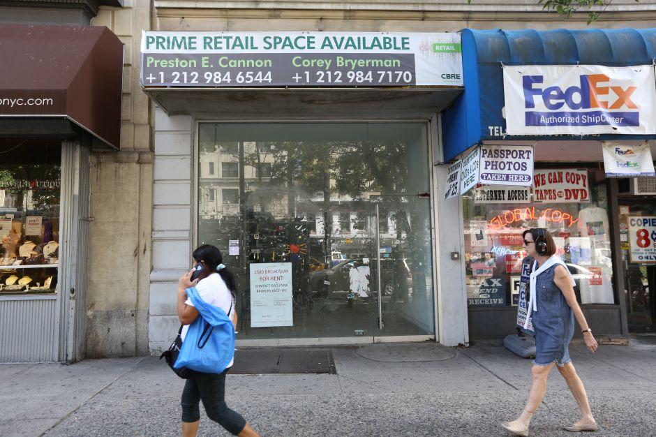 Las ventas en la red y las altas rentas empiezan a vaciar las calles de tiendas