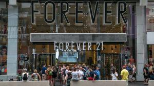 Forever 21 se declara en bancarrota: ¿dónde cerrarán las tiendas de la cadena de moda juvenil?