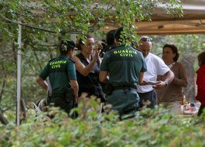 Cientos de rescatistas buscan a esquiadora española desparecida