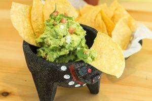Los secretos para preparar el guacamole mexicano perfecto