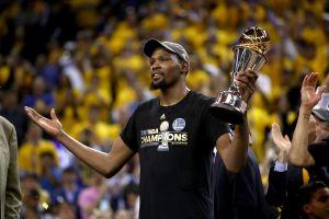 Kevin Durant estará fuera toda la temporada de NBA