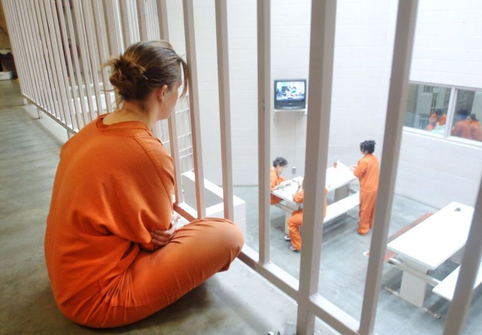 Acuerdan reducir el tamaño de cárceles que se crearán para sustituir a Rikers Island