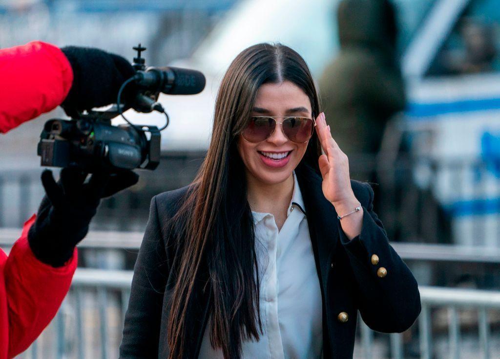 Emma Coronel se mantiene en bajo perfil, pero se filtran fotos en Instagram que destacan su figura