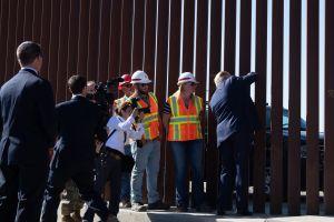 """El """"negro"""" secreto del muro de Donald Trump"""