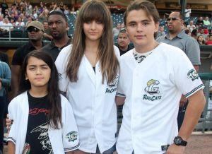 A diez años de la muerte de Michael Jackson, así lucen sus hijos