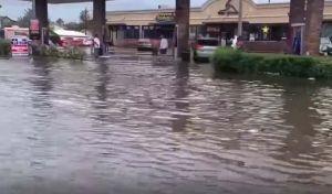 La furia de la tormenta Imelda hace de las suyas en Texas; reportan inundaciones y tornados