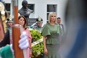 """Vestido de $1,650 dólares le hace """"mala jugada"""" a Ivanka Trump en Colombia"""