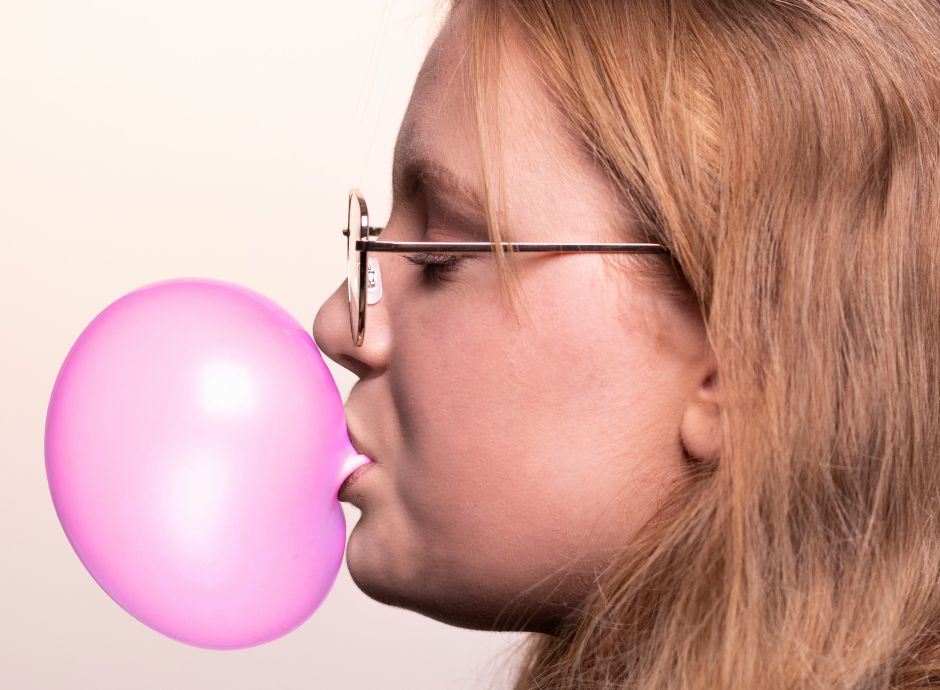 ¿Masticar chicle ayuda a perder peso?