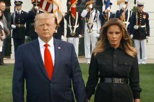Fotos del detalle del abrigo de Melania Trump que causó polémica en ceremonia del 9/11
