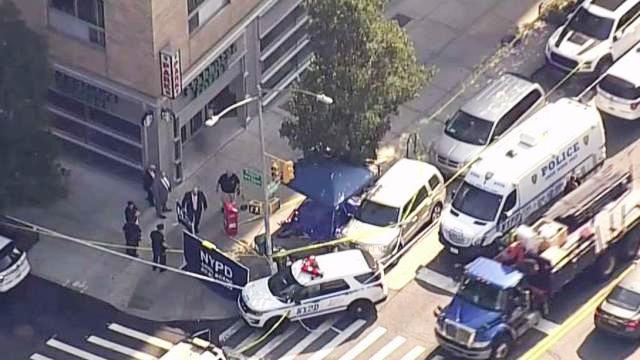 Identifican cadáver hallado en alfombra roja frente a Starbucks de Nueva York