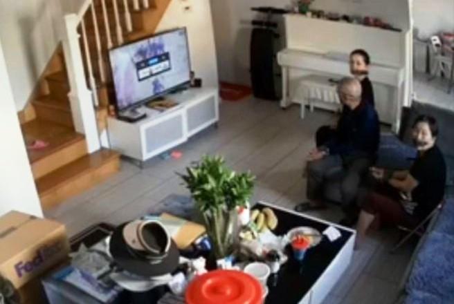 Video: falso empleado de Fed Ex ató y robó a una familia en Brooklyn