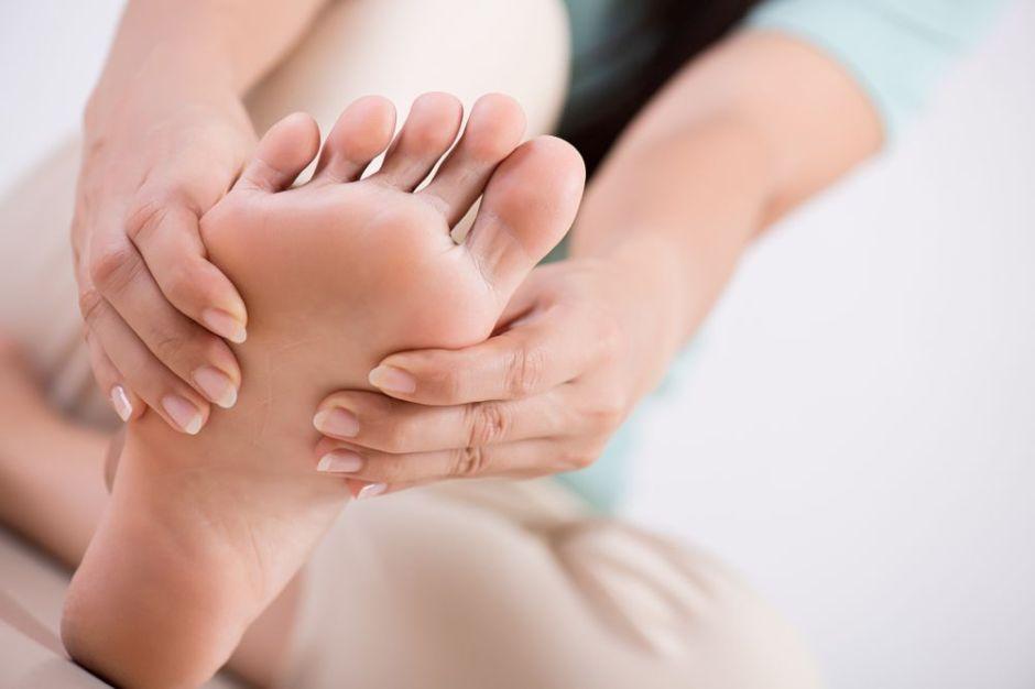 Las 5 mejores cremas con mentol para aliviar la tensión y el cansancio de los pies