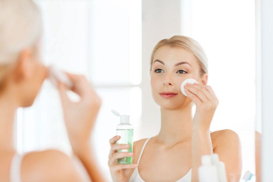 Los 5 mejores tónicos faciales para cerrar tus poros y evitar las impurezas