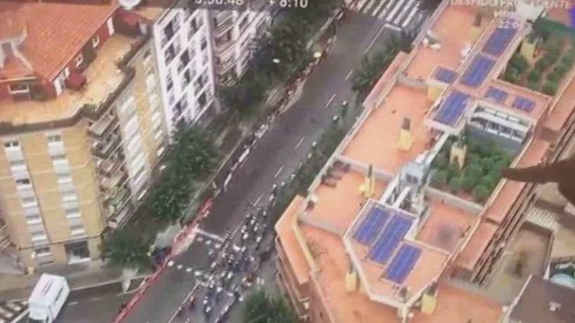 Vuelta a España: Un helicóptero de la transmisión descubrió un plantío de marihuana en una azotea de Barcelona