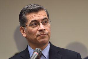 ¿Quién es Xavier Becerra, el próximo secretario de Salud de Estados Unidos?