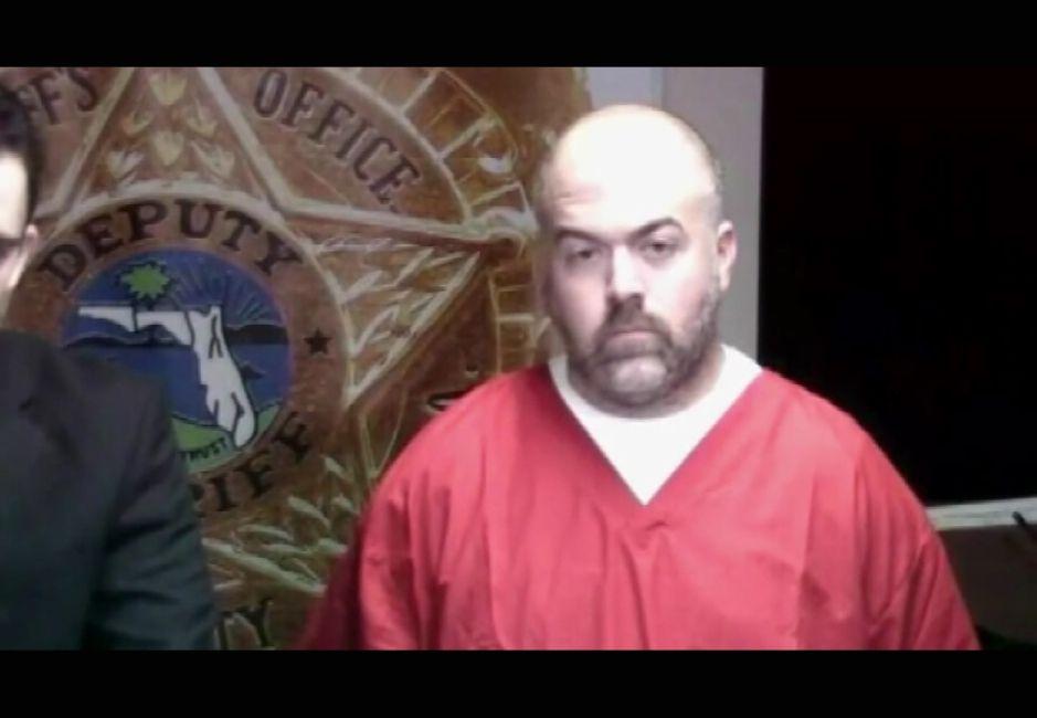Supervisor de prisiones es acusado de violar a mujer en arresto domiciliario