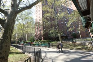 Varias muertes revelan la extrema inseguridad en que viven residentes de NYCHA