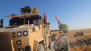 Turquía avanza con su controvertida ofensiva militar en la zona kurda de Siria