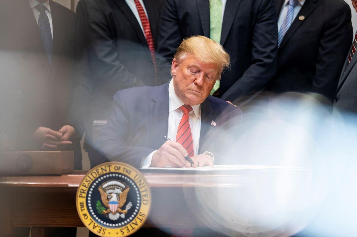 400 grandes corporaciones redujeron al 11.3% sus taxes tras los recortes de Trump