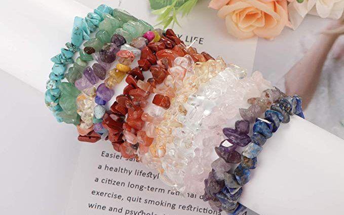 5 accesorios con piedras curativas naturales para mejorar tus energías y bienestar