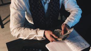Empresario pierde más de $1,000 millones por hacer comentarios machistas