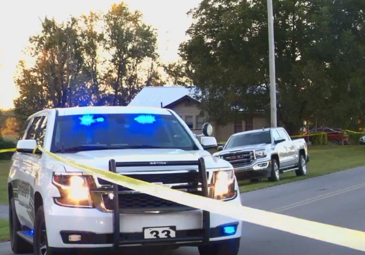"""""""El mal está involucrado"""", afirma alguacil sobre mujer que habría matado  sus hijos de 3 y 9 años"""