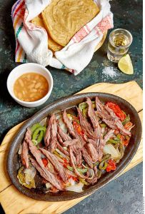 ¡El auténtico sabor de la cocina Tex-Mex! Fajitas de arrachera para este fin de semana