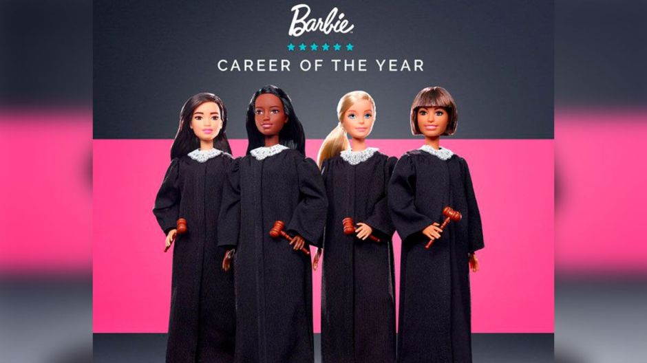 Mattel lanza nueva muñeca: la Barbie Jueza