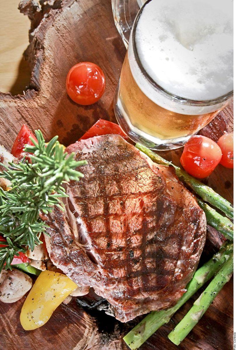 ¡No podrás creerlo! Los increíbles beneficios que brinda a la salud marinar la carne con cerveza