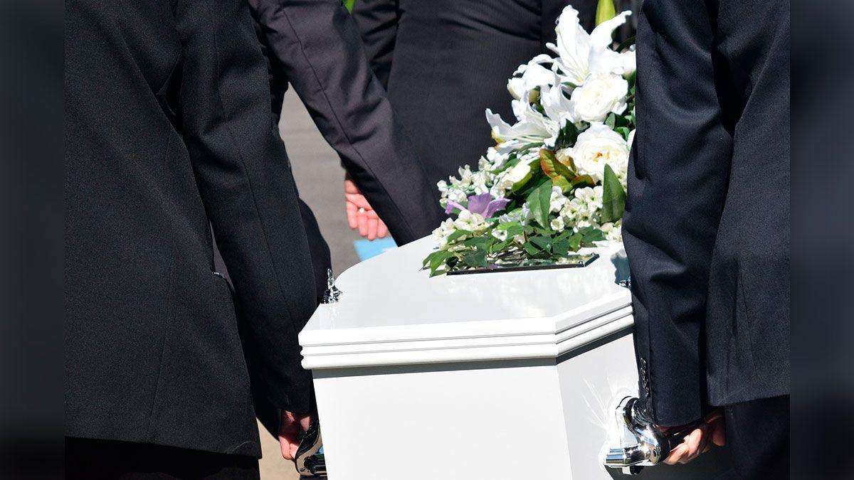Familiares de muerto por coronavirus asaltan coche fúnebre en Colombia y se llevan cadáver
