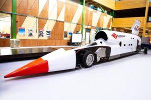 Este auto planea convertirse en el más rápido del mundo, al alcanzar las 1,000 mph